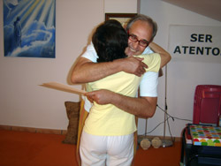 abrazo-alf